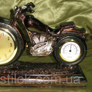 Часы ретро Мотоцикл - пластик.