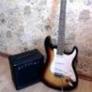 Продаю гитару-срочно нужны деньги!