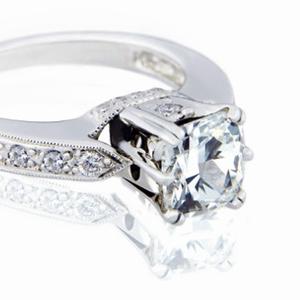 Продам бриллианты с кольца или вместе с ним