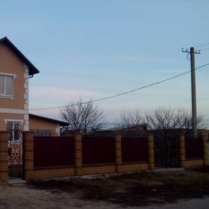 Новый дом 2016г постройки,  газ,  свет,  скважина,  16 соток,  от владельца