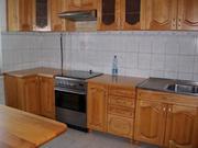 Продам кухонные гарнитуры с натурального дерева!